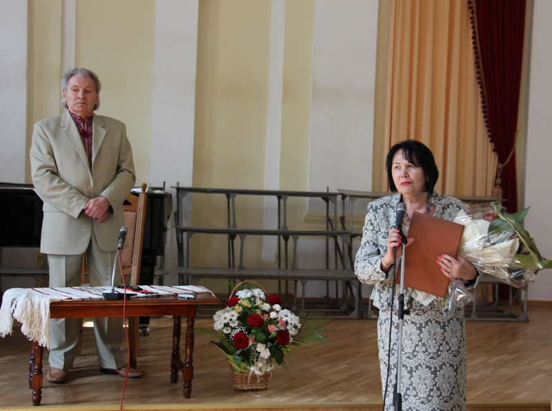 3-profesora-myxajla-shalatu-vitaye-rektor-profesor-nadiya-skotna