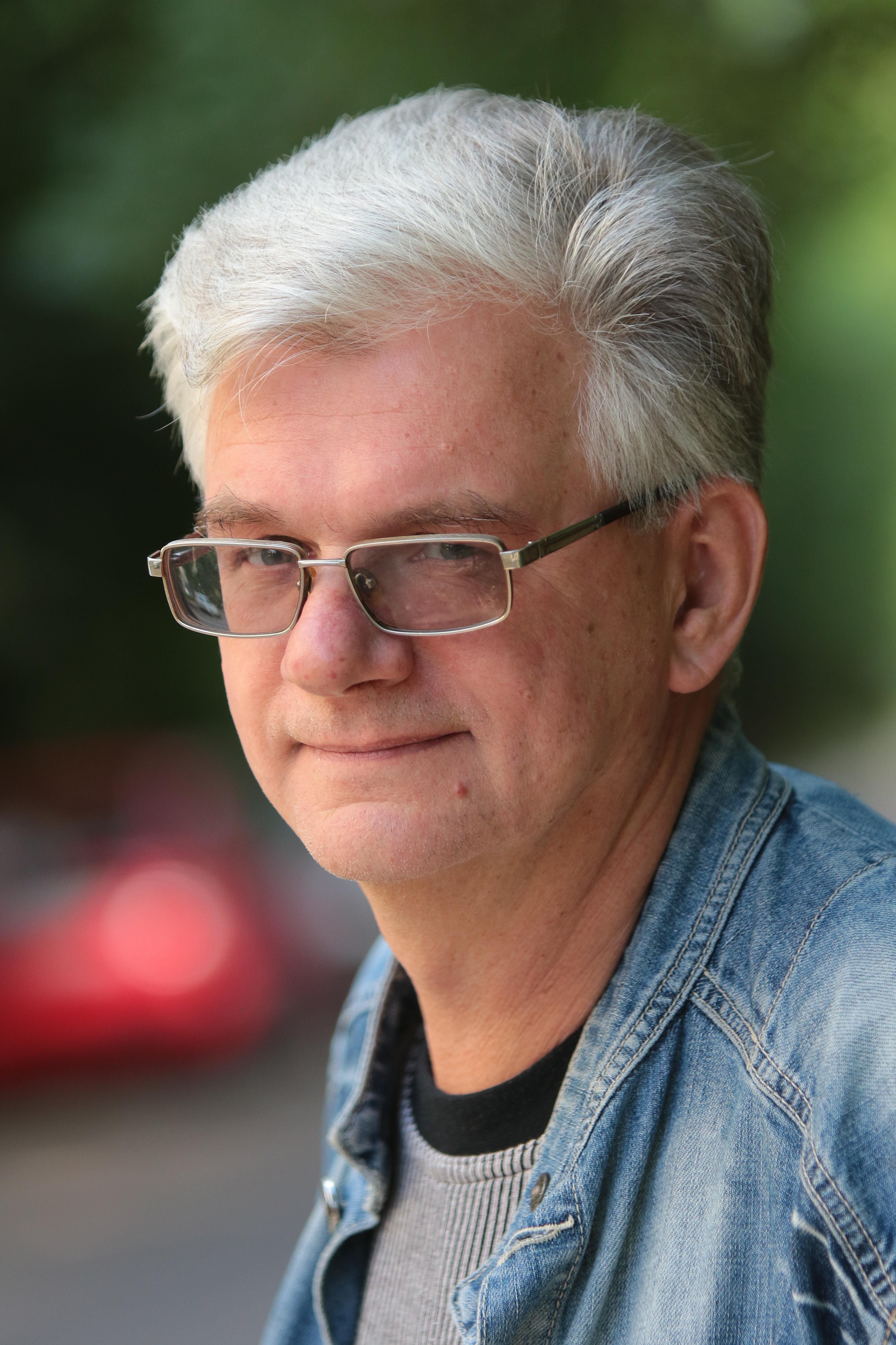 Іван Лучук - український письменник, паліндромоніст, один із засновників літературних угруповань «Лугосад» та «Геракліт», вчений. Львів, 4 липня 2018